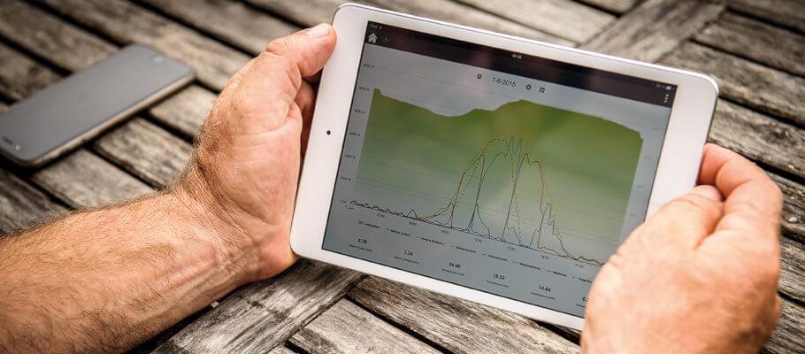 Tablet mit Stromspeicher-App